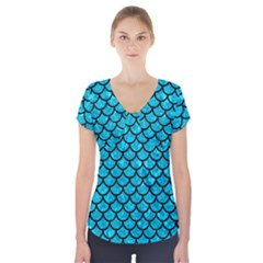 Scales1 Black Marble & Turquoise Marble (r) Short Sleeve Front Detail Top