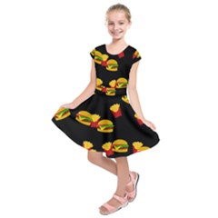 Hamburgers and french fries pattern Kids  Short Sleeve Dress