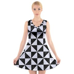 TRI1 BK-WH MARBLE V-Neck Sleeveless Skater Dress
