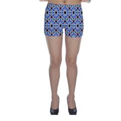 Background Pattern Geometric Skinny Shorts