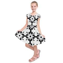 Floral Illustration Black And White Kids  Short Sleeve Dress