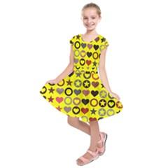 Heart Circle Star Seamless Pattern Kids  Short Sleeve Dress