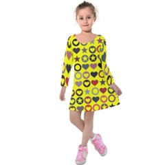 Heart Circle Star Seamless Pattern Kids  Long Sleeve Velvet Dress