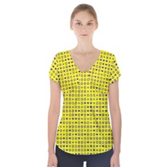 Heart Circle Star Seamless Pattern Short Sleeve Front Detail Top