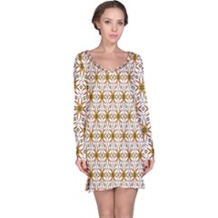 Seamless Wallpaper Background Long Sleeve Nightdress