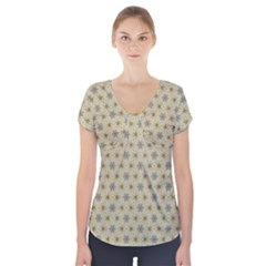 Star Basket Pattern Basket Pattern Short Sleeve Front Detail Top