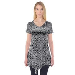Gray Psychedelic Background Short Sleeve Tunic