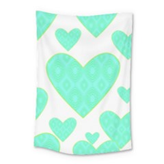 Green Heart Pattern Small Tapestry