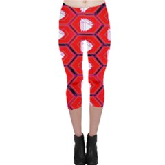 Red Bee Hive Capri Leggings