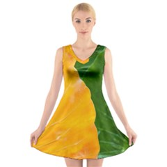 Wet Yellow And Green Leaves Abstract Pattern V-Neck Sleeveless Skater Dress
