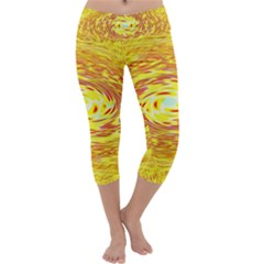 Yellow Seamless Psychedelic Pattern Capri Yoga Leggings