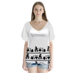 Simple black and white design Flutter Sleeve Top