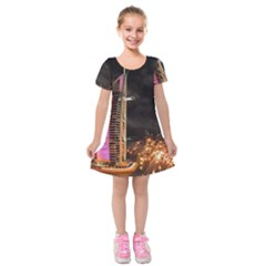 Dubai Burj Al Arab Hotels New Years Eve Celebration Fireworks Kids  Short Sleeve Velvet Dress