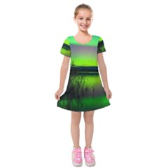 Green Northern Lights Canada Kids  Short Sleeve Velvet Dress
