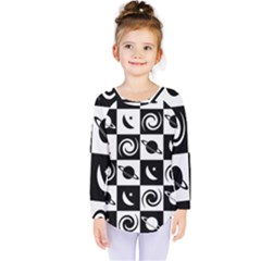 Space Month Saturnus Planet Star Hole Black White Kids  Long Sleeve Tee