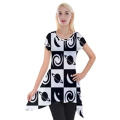 Space Month Saturnus Planet Star Hole Black White Short Sleeve Side Drop Tunic