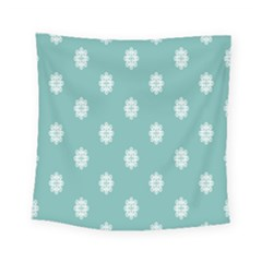Geometric Snowflake Retro Snow Square Tapestry (small)