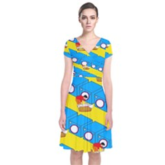 Machine Washing Clothes Blue Yellow Dirty Short Sleeve Front Wrap Dress