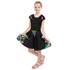 Prismatic Negative Space Comic Peace Hand Circles Kids  Short Sleeve Dress
