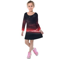 Outer Space Red Stars Star Kids  Long Sleeve Velvet Dress
