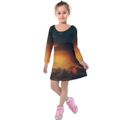 Saturn Rings Fantasy Art Digital Kids  Long Sleeve Velvet Dress
