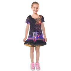 Singapore The Happy New Year Hotel Celebration Laser Light Fireworks Marina Bay Kids  Short Sleeve Velvet Dress