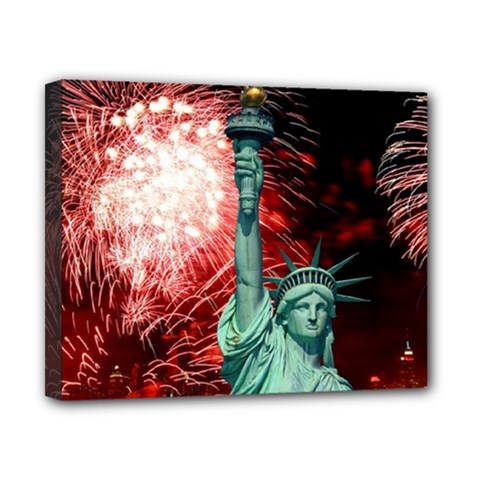 The Statue Of Liberty And 4th Of July Celebration Fireworks Canvas 10  X 8