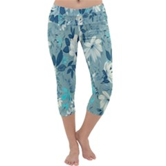 Floral Pattern Wallpaper Capri Yoga Leggings