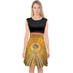 Abstract Blur Bright Circular Capsleeve Midi Dress