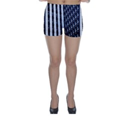 Architecture Building Pattern Skinny Shorts