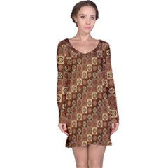Background Structure Long Sleeve Nightdress