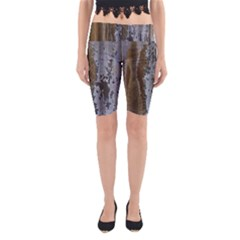 Grunge Rust Old Wall Metal Texture Yoga Cropped Leggings
