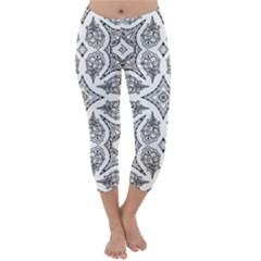 Mandala Line Art Black And White Capri Winter Leggings