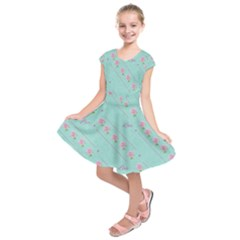 Love Flower Blue Background Texture Kids  Short Sleeve Dress