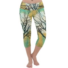 A Glowing Night Capri Yoga Leggings