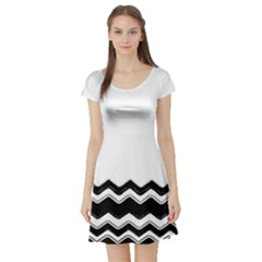 Chevrons Black Pattern Background Short Sleeve Skater Dress