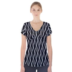 Elegant black and white pattern Short Sleeve Front Detail Top