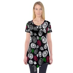 Elegant roses design Short Sleeve Tunic