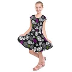 Purple roses pattern Kids  Short Sleeve Dress