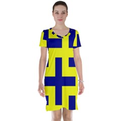 Pattern Blue Yellow Crosses Plus Style Bright Short Sleeve Nightdress