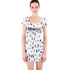 Paisley Floral Flourish Decorative Short Sleeve Bodycon Dress