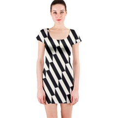Hide And Seek Malika Short Sleeve Bodycon Dress