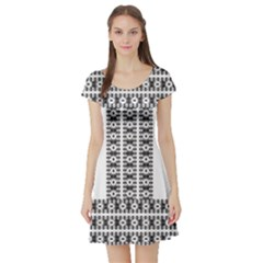 Pattern Background Texture Black Short Sleeve Skater Dress