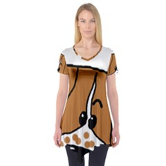 Peeping Brittany Spaniel Short Sleeve Tunic