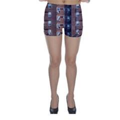 New York Building Windows Manhattan Skinny Shorts