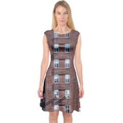 New York Building Windows Manhattan Capsleeve Midi Dress