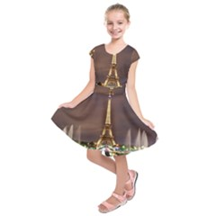 Paris Eiffel Tower Kids  Short Sleeve Dress