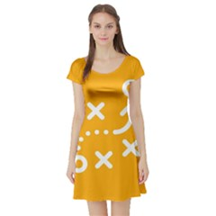 Sign Yellow Strategic Simplicity Round Times Short Sleeve Skater Dress