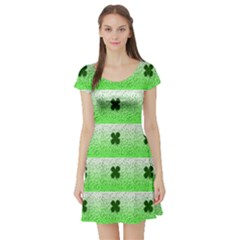 Shamrock Pattern Background Short Sleeve Skater Dress