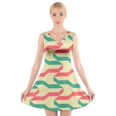 Exturas On Pinterest  Geometric Cutting Seamless V-Neck Sleeveless Skater Dress